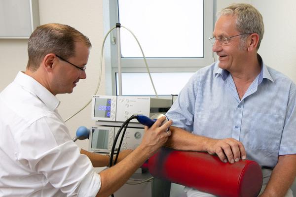 Orthopäde in Dortmund-Hombruch Spezialist für Stoßwellen-Therapie